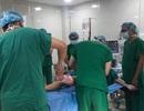 5 học sinh bị cây phượng đè chấn thương nặng phải phẫu thuật