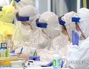 Số ca Covid-19 tăng kỷ lục trong 2 tháng, Hàn Quốc tái áp dụng giãn cách