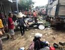 Xe tải lật đè nhiều tiểu thương, ít nhất 3 người chết, 8 người bị thương