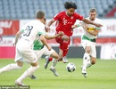 Vắng Lewandowski, Bayern Munich nhọc nhằn đánh bại M'gladbach