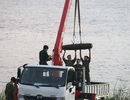 Hà Nội: Trục vớt thành công quả bom dài 1,6m gần cầu Long Biên