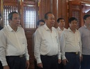 Phó Thủ tướng Trương Hòa Bình dâng hương Đền thờ Bác Hồ tại Quảng Bình