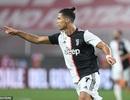 C.Ronaldo lập siêu phẩm, Juventus vững chắc ngôi đầu ở Serie A