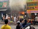 Cứu 7 người mắc kẹt trong đám cháy ở Sài Gòn