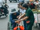 Tấm áo, bữa cơm thơm thảo giúp người khó khăn ở Đà Nẵng
