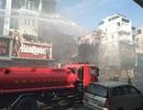 Cháy rụi shop quần áo khu trung tâm Huế giữa trời nóng 40 độ