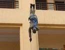 Xem lực lượng chống khủng bố trấn áp tội phạm, giải cứu con tin