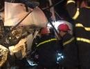 Cảnh sát PCCC giải cứu tài xế mắc kẹt trong cabin sau tai nạn liên hoàn