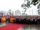 Hàng vạn người hành hương về lễ hội Tây Thiên