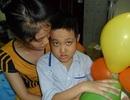 Cả gia đình lao đao vì bố bị u thần kinh, con trai ung thư máu