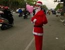 Ông già Noel bắt đầu xuống phố