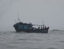 Tàu cá cùng 9 ngư dân gặp nạn ngoài biển