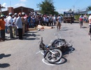 Hai nam sinh lớp 11 chết thảm khi đi học về