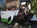 Ô tô tông nhau kinh hoàng, 2 người chết, 15 người bị thương