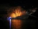 Tàu câu mực 3,5 tỉ đồng bốc cháy trong tối mùng 4 Tết