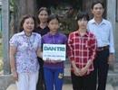 Quảng Trị: Trao gần 43 triệu đồng đến 3 chị em không có bố, mồ côi mẹ