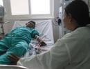 Mẹ nghèo bất lực nhìn con trai cận kề cái chết vì bị suy thận