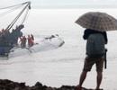Cứu hộ Trung Quốc làm việc xuyên đêm tìm người sống sót, hi vọng tắt dần