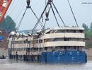 Trung Quốc nâng tàu đắm khỏi mặt nước, thuyền trưởng lên tiếng