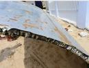 Phòng Kỹ thuật không quân kiểm tra mảnh vỡ nghi là thân máy bay