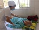 Khánh Hòa: Thay khớp háng nhân tạo thành công cho cụ ông 100 tuổi