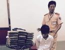 CSGT Thanh Hóa bắt vụ vận chuyển 20 bánh cần sa