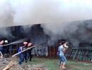 Thanh Hóa: Hàng trăm cảnh sát tham gia chữa cháy công ty may