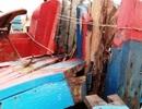 Tàu của ngư dân Thanh Hóa bị tàu lạ đâm hư hỏng nặng