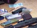 Mang hàng loạt súng đã lên nòng để vận chuyển ma túy