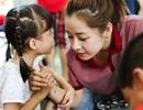 Chi Pu đem tiếng cười đến với trẻ em khuyết tật