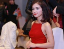 Bất ngờ với nhan sắc xinh đẹp của chị gái Hòa Minzy