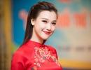 Á hậu Hoàng Oanh xinh tươi dẫn chương trình kỷ niệm ngày 26/3