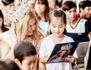 Miss Global 2015 cùng các Á hậu giản dị đi từ thiện tại Hà Nội