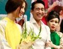 """Việt Hương tuyên bố """"ly dị"""" Hoài Linh vì Hứa Vĩ Văn"""