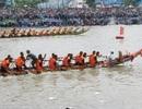 Hàng trăm ngàn lượt người đến xem đua ghe Ngo ở Kiên Giang