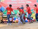 Nghỉ Tết sớm, một số tuyển thủ U19 Việt Nam tranh thủ làm từ thiện