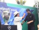 Cận cảnh cúp bạc UEFA Champions League