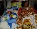 Giờ phút nghẹt thở giành lại cháu bé 13 ngày tuổi suýt bị dìm vào lu nước