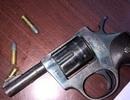 Mang súng Rulo chuẩn bị truy sát đã bị công an tóm