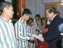 Phó Thủ tướng trao quyết định đặc xá cho 6 phạm nhân người nước ngoài