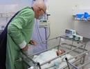Tổng Lãnh sự quán Úc tặng thiết bị y tế cho bệnh viện Khánh Hòa