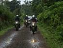 Khâm phục những nữ du khách đi xe máy từ Ấn Độ sang thăm Việt Nam