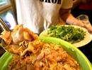 """Đậm đà món gỏi cá """"ảo thuật"""" hấp dẫn khách sành ăn Sài thành"""