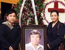 Khánh Ly đến thắp hương tiễn biệt nhạc sỹ Anh Bằng
