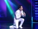 Ca sỹ Ngọc Sơn bất ngờ khóc trên sân khấu Hà Nội trong ngày đầu năm