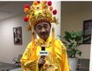 """""""Ngọc Hoàng"""" Quốc Khánh cùng các Táo chúc mừng năm mới báo Dân Trí"""