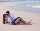 Ảnh cưới nóng bỏng của Hà Anh và chồng ngoại quốc trên biển Đà Nẵng