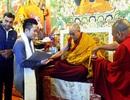 Tùng Dương nghỉ chạy show, hành hương về đất Phật - Ấn Độ