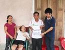 Trao thêm hơn 16 triệu đồng tới đôi vợ chồng già nuôi con bệnh tật