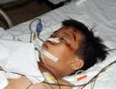 Bé Lê Văn Mạnh được phẫu thuật chân, chưa thoát cảnh hôn mê